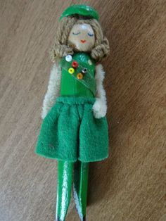 Rare Vintage GIRL SCOUT CHRISTMAS ORNAMENT Hand Made Clothes Pin People