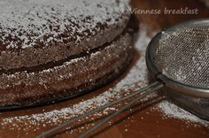Kakaowy biszkoptowiec http://viennesebreakfast.com/kakaowy-biszkoptowiec/