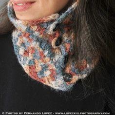 Crochet Neck Warmer Pattern   www.petalstopicots.com   #crochet #pattern #neck #cowl #wrap #warmer