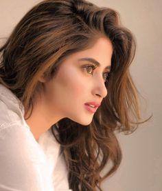 Most Wanted Pakistani Celebs Pakistani Girls Pic, Pakistani Models, Pakistani Actress, Pakistani Dramas, Bollywood Actress, Girls Dp Stylish, Stylish Girl Images, Beautiful Indian Actress, Beautiful Actresses