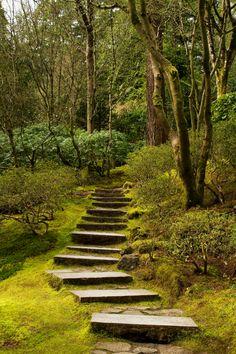 Portland Japanese Gardens, Oregon by: Anna Calvert