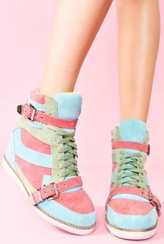 Super cute pastel colors!