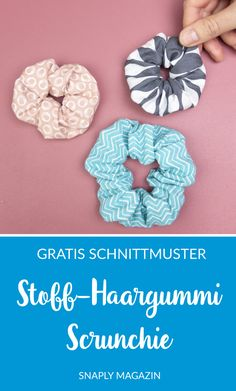 Free sewing pattern: Scrunchie in two sizes, This tutorial will teach you steps to make a scrunchie, and DIY scrunchie in 2 sizes. These fabric, Sewing Patterns Free, Free Sewing, Free Pattern, Knitting Patterns, Linen Dress Pattern, Diy Accessoires, Diy Mode, Learn To Sew, Diy Clothing