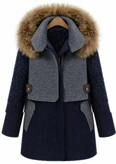 Veste en laine mélangée et ornée de fourrure détachable  pictures