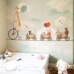 @littlehandswallpaper #kidsroom #kids #home #interior #tapeten #barnerum