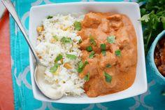 Bombay house chicken tikka masala. Yo uso tomate natural pelado y sin semillas en lugar de la salsa envasada, y lo cocino más tiempo hasta que se deshace.