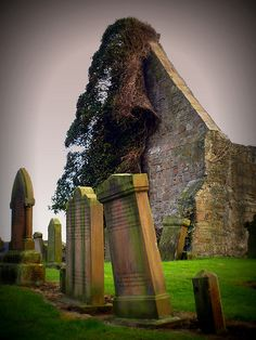 Prestwick Chapel, A ruined medieval chapel with abandoned graveyard in Prestwick, Scotland