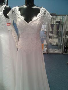 chiffon and lace dress button back to waist  size 14