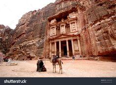stock-photo-ancient-temple-of-petra-jordan-32903449.jpg (1500×1100)