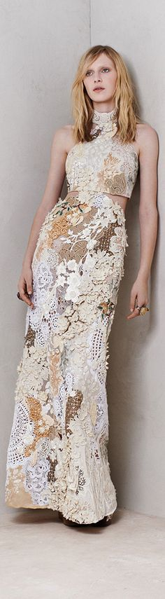 Alexander McQueen Resort 2014  I just love how designers are turning to crochet these past seasons.....and future seasons