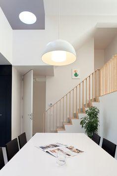 HVH architecten balustrade in birch plywood (design image) Plywood Interior, Interior Stairs, Interior Design Living Room, Living Room Designs, Build My Own House, Building A House, Plywood Design, Cabin Design, Loft