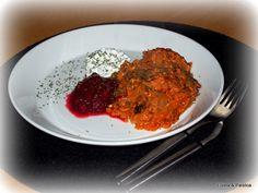 Eilistä paistoa: Ihan paras kasviskaalilaatikko Risotto, Beef, Ethnic Recipes, Food, Meal, Hoods, Ox, Ground Beef, Eten