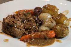 σιγομαγειρεμένη ελιά μοσχαριού - μπρεζέ Αρλεζιέν Pot Roast, Cooking Recipes, Beef, Ethnic Recipes, Foods, Carne Asada, Meat, Food Food, Roast Beef
