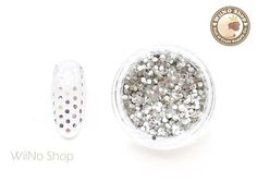Items similar to Silver Round Dots Glitter / Nail Art Craft on Etsy Fingernail Designs, Nail Art Designs, Modern Nails, Nail Art Supplies, Glitter Nail Art, Beautiful Nail Art, Silver Rounds, Arts And Crafts, Nail Polish
