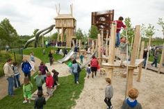 Superleuke speeltuin in het mooiste park (no1) van Nederland. Met hele leuke horecagelegenheid Anafora erbij.