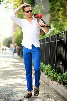 青パンツメンズファッション着こなしコーデ