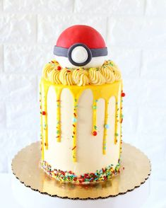 35 Brilliant cakes photos for cute Pikachu of pokemon - Cocomew is to share cute outfits and sweet funny things Pokemon Birthday Cake, My Birthday Cake, Pokemon Party, Boy Birthday Parties, 8th Birthday, Cute Cakes, Pretty Cakes, Beautiful Cakes, Amazing Cakes