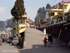 Darjeeling in the Indian Village, Indian Architecture, Darjeeling, West Bengal, Tourist Places, Bhutan, Kolkata, Nepal, Places To Visit