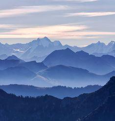 Blue mountains, 2048x2732
