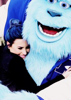 demi lovato...i love her.and monster inc. was my fave Demi Lovato Pictures, Sully, Staying Strong, Kylie, Selena Gomez, Wallpapers, Aesthetic Dark, Singer, Celebs