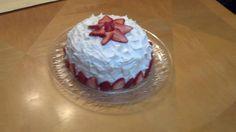 Strawberry and Champange Cake