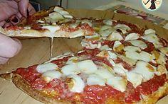 Pizza fatta in casa con metodo veloce