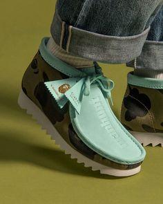Clarks Desert Boot, Desert Boots, Clarks Shoes Mens, Chukka Sneakers, Clarks Originals, Shoe Company, Bape, Stylish Men, Platform Sneakers