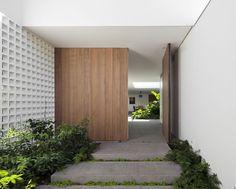 Gallery of Alto de Pinheiros House / AMZ Arquitetos - 4