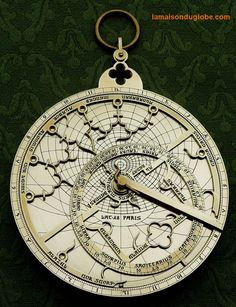 Astrolabe gothique Steampunk Gadgets, Neo Victorian, Old Tools, Sundial, Stargazer, Antique Maps, Cartography, Dieselpunk, Globes