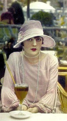 Pola Negri, 1927, Cafe de la Paix, Paris, Travelogues by Burton Holmes