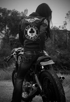 always wanted to be a biker girl...one day...ohh the fashion and the speed lol