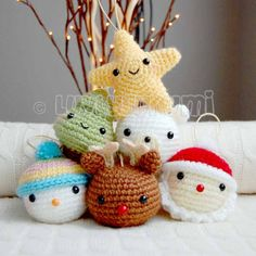 in search of fabulous Christmas Crochet Patterns? This Santa Crochet Hat Pattern is an awesome idea to make this Christmas. I love the variety of Christmas Patterns chosen! Crochet Christmas Decorations, Crochet Ornaments, Christmas Crochet Patterns, Holiday Crochet, Crochet Toys Patterns, Amigurumi Patterns, Crochet Crafts, Crochet Projects, Crochet Christmas Hats