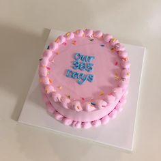 cake, dessert, and pink image Pretty Birthday Cakes, Pretty Cakes, Beautiful Cakes, Funny Birthday Cakes, Yellow Birthday, Cake Birthday, Unicorn Birthday, Mini Cakes, Cupcake Cakes