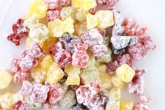 Homemade Sour Gummy Bears (Real Fruit)