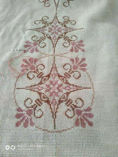 Embroidery Patterns, Cross Stitch Patterns, Crochet Patterns, Tiny Cross Stitch, Crochet Granny Square Afghan, Bargello, Cross Stitching, All The Colors, Diy And Crafts