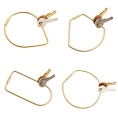 I'm crazy about these Contour Key Rings from Karl Zahn and Areaware. These 4×4″ minimalist beauties add a little interest to the otherwise boring task of key holding. (I also wouldn't mind wearing three of the four as bracelets!) (via bltd)