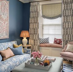 Bedroom Wall Colors, Linen Sofa, Ceramic Table Lamps, Dream Decor, Drawing Room, Creative Home, Home Projects, Interior Inspiration, Living Spaces