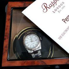 Nice watches love nice watch winders! #watch #rolex #luxury #watchwinder #rapportlondon #rapportwatchwinder #home #office #design #decor #beautiful #interior #device #tech #geek #gadget #photooftheday #watchporn #blogger #upscale #shopping #retail #gift #lifestyle #bitcoin #люкс #часы #интерьер #дизайн #handsome