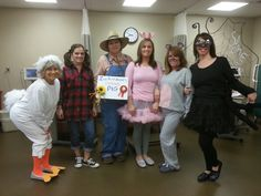 Book week or halloween, here are awesome teacher group costume ideas that any teaching team would love to dress up as. Story Book Costumes, Storybook Character Costumes, Storybook Characters, Book Character Day, Character Dress Up, Character Ideas, Charlotte's Web Book, Up Book, Teacher Costumes