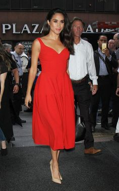 Nude heels and skinny jeans: a style crib sheet on Meghan Markle, Prince Harry's rumoured new girlfriend
