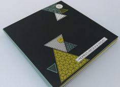 Je viens vous présenter aujourd'hui 2 minis albums réalisés avec le kit tiny album de variations créatives de juillet 2015. Si ça vous dit ne perdez pas de temps, il ne reste que quelques kits. J'ai juste rajouté une feuille de bazzill noir au kit pour...