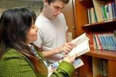 Nuestra Biblioteca cuenta con el sector de fotocopias e Internet donde podrás acceder a toda la información que necesites.