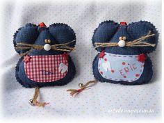 mice from jeans Jean Crafts, Denim Crafts, Fabric Crafts, Sewing Crafts, Sewing Projects, Fabric Christmas Decorations, Denim Flowers, Tooth Fairy Pillow, Denim Ideas