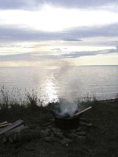 Minnesota's North Shore area runs along the northeast section of the state where it borders Lake Superior. Many of the campgrounds serving the region are found on state park lands. They ...
