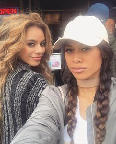 WEBSTA @ dinahjane97 - get you a best friend who can slay with you 💅🏽