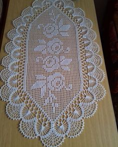 Table runner,set of doilies,table cover Filet Crochet, Crochet Doily Diagram, Crochet Doily Patterns, Crochet Borders, Thread Crochet, Crochet Designs, Crochet Doilies, Crochet Flowers, Crochet Lace