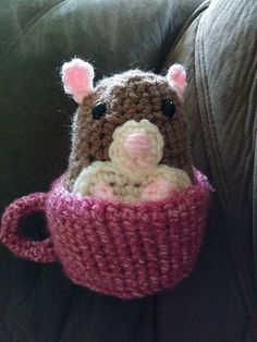 Hamster in a Cup - Free Crochet Pattern by Madeleine Cantu.