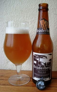 Cerveja Brüderberg Pale Ale, estilo Belgian Pale Ale, produzida por Brüderberg Handwerk Bier, Brasil. 4.8% ABV de álcool.