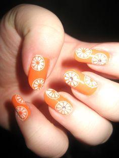 Orange nail art pattern