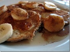 Banana Bread Protein Pancakes  Serves one  Prep Time: 5 minutes  Cook Time: 5 minutes  Ingredients:  1/2 cup old fashioned oats  1/2 banana, mashed  1/4 cup cottage cheese  1 egg  1/2 teaspoon cinnamon